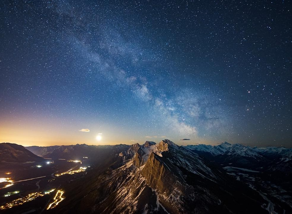 REPOST: @deviantoptiks to be featured! Tag a friend who might enjoy this photo and this milky way journey!  Canmore! Turn off your lights, it's Milky Way time!