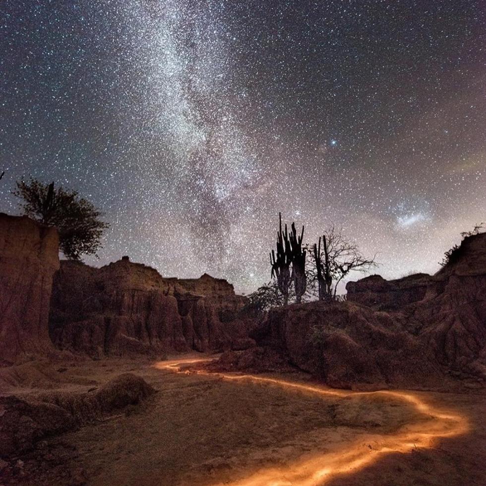 Camilo Jaramill in Tatacoa´s desert...